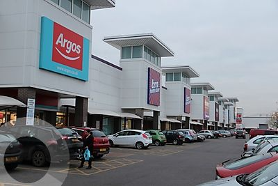 Aylesbury Shopping Park - Picture 15